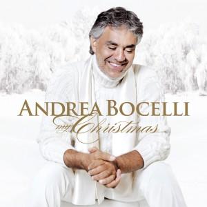 """La copertina dell'album """"My Christmas"""" di Andrea Bocelli"""