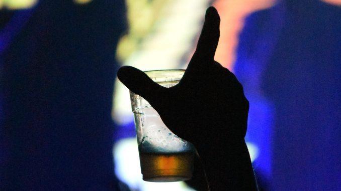 bicchiere di birra_Inna cantina e beer brodaz_san patrizio_orion